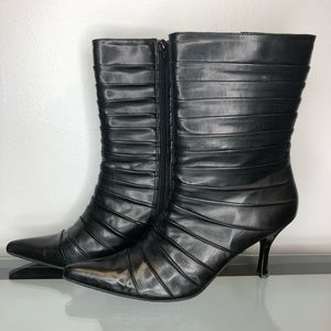 NWOT Kenneth Cole Reaction Leather Booties